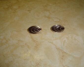 vintage clip on earrings goldtone brown enamel