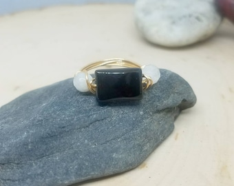 Three Stone Black Onyx and Moonstone Gold Wire Wrapped Ring - Size 6 // Gifts for Her