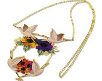 Necklace Arianne, Let the Heron lift you up and the flowers appreciate the beauty of the present, gold plated for her