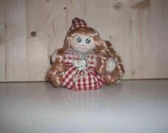 PDF How to make cloth dolls with circles of fabric.  Patterns for various occasions, Christmas, College graduate. Scented handmade dolls.