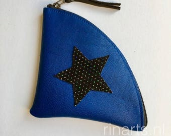 Zipper pouch / triangle zipper purse  QUARTER L  in blue full grain leather, decorated with a black star. Travel pouch. Triangle pouch