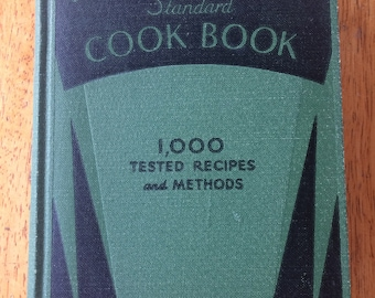 Pictorial Review Standard Cookbook 1933, 1930's A Sure Guide For Every Bride, Bridal Wedding Gift, 1,000 Recipes and Methods Old Vintage