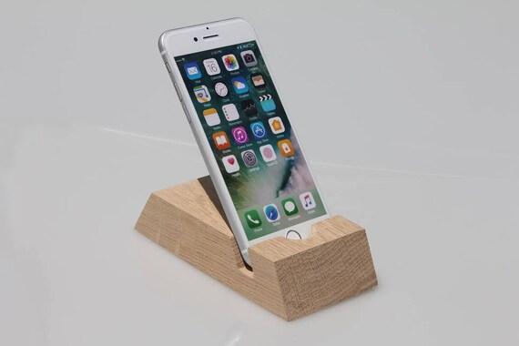 iphone docking station ladestation iphone stand. Black Bedroom Furniture Sets. Home Design Ideas