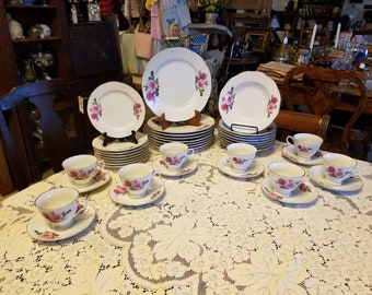 Vintage Rose Dinnerware Service for 8 Made in China