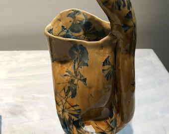 Ceramic Sculptural Vase. Crystal Glaze.