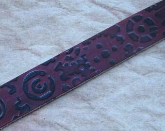 Steampunk Stamped Leather Gear Bracelet, Steampunk Leather Cuff, Unisex Leather Bracelet