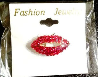 Red Crystal Lips Brooch Pin