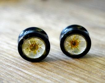 5/8 gauge earrings 16mm plugs real flower plugs tunnels green flower earplugs floral gauges flower tunnels Unique plugs cute ear tunnels
