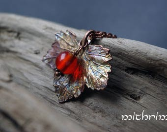 Red Berry Pendant murano glass electroformed leaf botanical jewelry Berries summer pendant Copper necklace gift for her lampwork beads