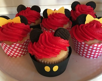 Disney Inspired Mickey and Minnie In Love Cupcake Wraps - so cute for a shower or wedding!  Dozen in a Set