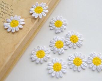 "60pcs 2.8cm 1.1"" wide white yellow daisy flower clothes dress appliques patches G9D762U0401X free ship"
