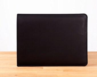 """11"""" MacBook Air - Leather Sleeve Case in Black"""