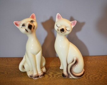 Mod Mid Century Siamese Cat Figurines - Set of 2 - China Cats - Kittens - UCGC Taiwan - 1960's