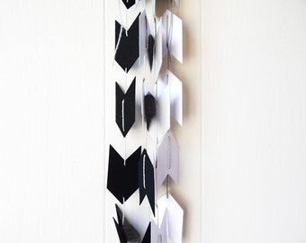 Ombre Arrow Garland in Black and Silver