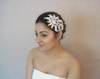 Bridal Rhinestone Hair Comb, Wedding Crystal Headpiece in Silver Metal Settings - Ships in 3 to 5 business days - Aria