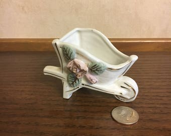 Wheelbarrow Holder Ceramic