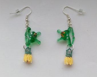 Beadwoven Frog Floral Earrings, Glass Lampwork Cute Green Tree Frog, Vintage Glass Frog - Green & Yellow Flowers Earrings by enchantedbeads