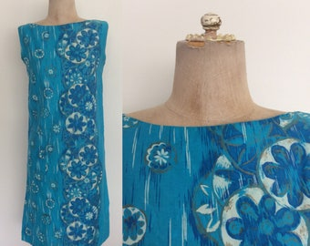 1970's Turquoise Hawaiian Floral Print Cotton Shift Dress Size XS by Maeberry Vintage