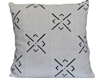 "Mud Cloth Throw Pillow 18""x18"""