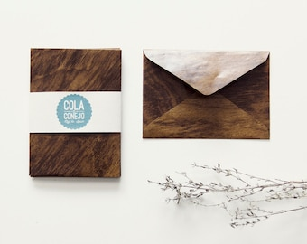 Envelope with wood look (mini)