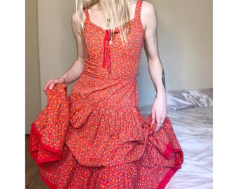 VTG 70's Floral Teared Broomstick Dress