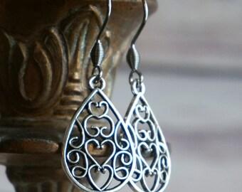 Filigree Earrings, Antique Silver Earrings, Teardrop Earrings, Lightweight Earrings, Dangle Earrings, Boho Chic Earrings, Boho Earrings