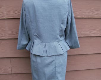 40's style womens suit