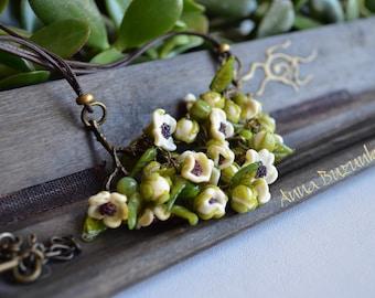 "murano glass necklace ""Blossoms of Spiraea"" !"