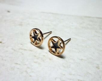 Star in Circle Stud Earrings, Star Earrings