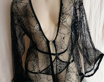 ELVIRA spiderweb lace short robe and panty