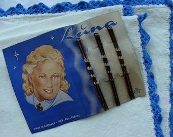 vintage  German Hair Bobbie Pins on Original Card 1940s
