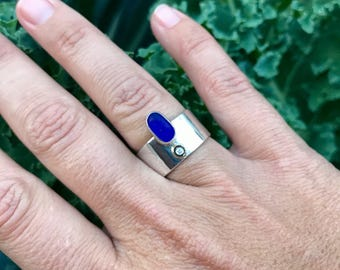 Hammer textured Sterling silver, cobalt sea glass, 18kt gold and 3 pt diamond ring