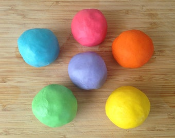 Six Color Rainbow Set of Scented Play Clay (4oz Tins)