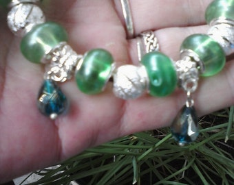 Green and Pearls, Euro style bracelet