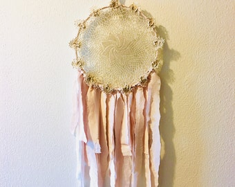 Light and Airy Dreamcatcher