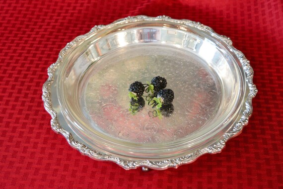& Silver Pie Plate Holder Poole Old English Silver Plate Dish