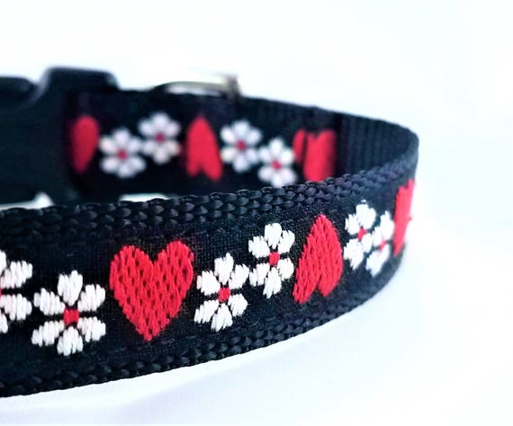 Hearts and Flowers - Dog Collar / Adjustable / Teacup Dog Collar / Dog Collar / Small Dog Collar / Hearts / Flowers / Handmade