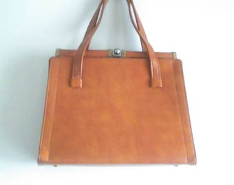 Vintage 60's Camel Classic JR Brand Leather Kiss Lock Top Purse / Metal Jaw Handbag / Leather Goods