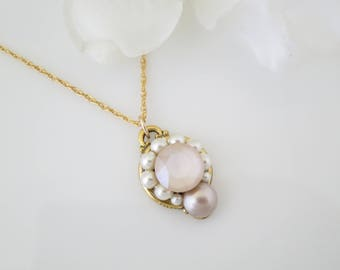 Ivory cream bridal necklace, Blush wedding necklace, Simple Swarovski crystal and pearl necklace, Dainty gold necklace, Bridesmaid necklace