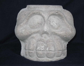 Unfinished paper mache Lg Skeleton Basket