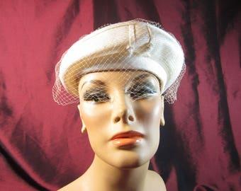 1940's Cream Straw Beret Tilt Hat with Veil Grosgrain Ribbon Detailing
