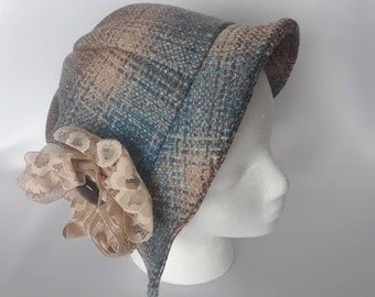 Cloche hat, plaid wool with lace flower decoration. Vintage style ladies hat 1920's inspired. Perfect spring hat