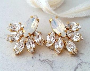 White opal earrings,Whaiute opal Bridal earrings,Opal stud earrings,Bridesmaid gift,white opal Cluster earring,Vintage Bridal earrings