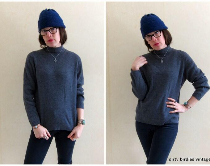 Grey Wool Rib Sweater / Thin Knit Gray Sweater / Minimal Boxy Shirt / Soft Wool Sweater Top Womens / Vintage 90s Large