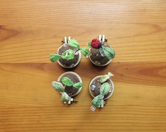 Seedlings Decoration / Necklace (New)