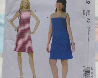 McCalls Pattern M7152. Sizes 6-14. Misses Sleeveless Dress. NANCY ZIEMAN Design. Uncut