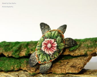 Sea Turtle Miniature Sculpture, Totem Animal Figurine, Flower decor, Totembykarhu, OOAK