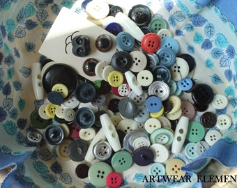 Vintage Mixed Buttons, Variety Lot, Sewing, Craft, Findings, Novelty, Scrap Booking, Gems, Many Sizes, Multi Colored, 5 Ounces #BG