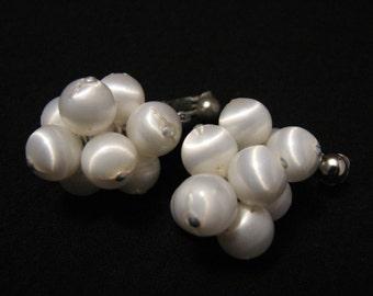 "Vintage 1967 Sarah Coventry ""White Satin"" Lucite Beaded Cluster Dangle Clip Earrings"