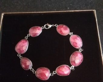 Silver bracelet with Ruby